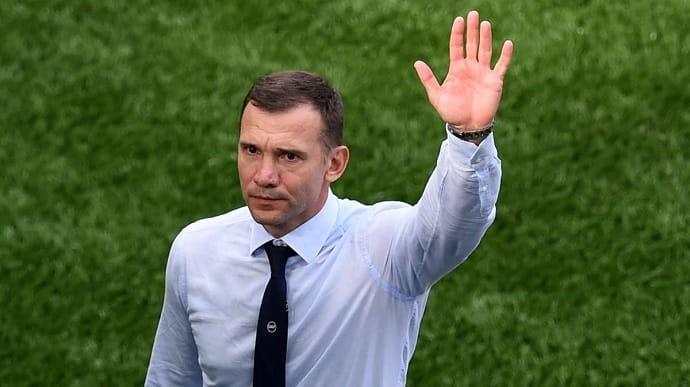Андрей Шевченко дастаи миллии футболи Украинаро тарк кард
